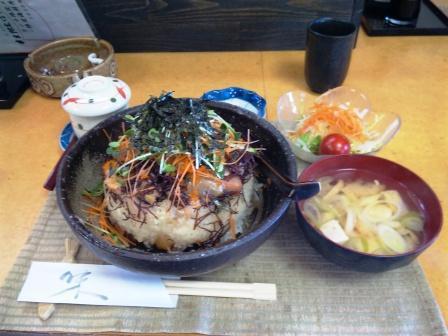 090201御食事処光力【バラちらし大盛り】1.jpg