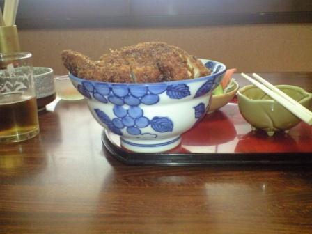 081218お食事処やまだ【ソースかつ丼大盛り】2.JPG